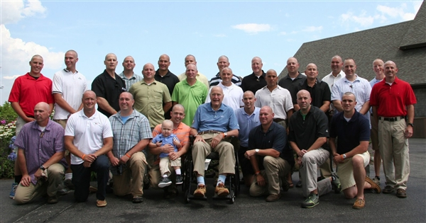 bush41-shaves-head-group-hmed-435p_photoblog600