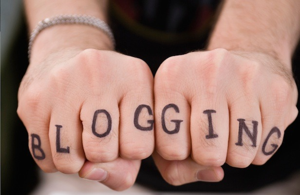 blogging fists